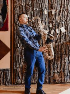 заказать живое выступление саксофониста в Москве